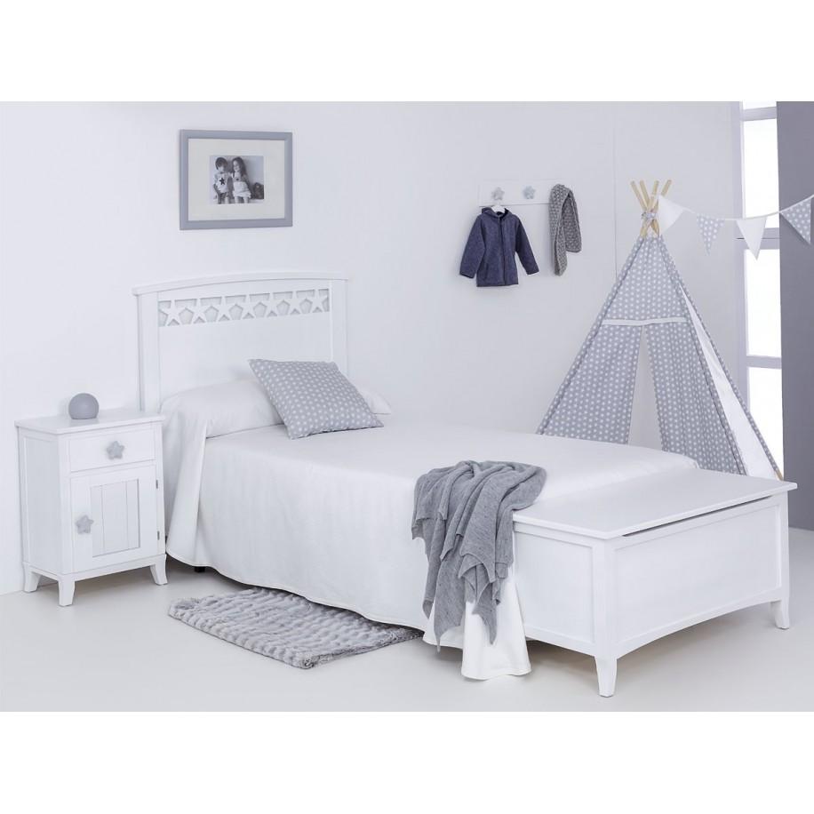 Chambre avec Table de chevet enfant avec porte