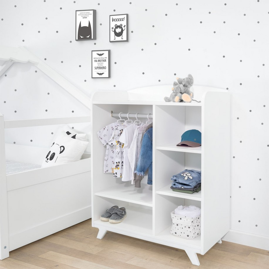 Petite armoire enfant Montessori
